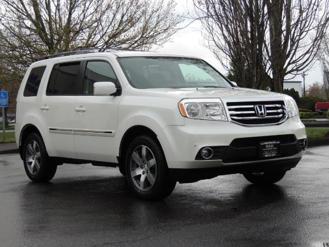 2013 Honda Pilot Touring /4WD / Navi / DVD / Third Seats / 1-OWNER - Photo 2 - Portland, OR 97217