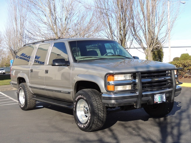 1999 chevrolet suburban k2500 lt 4x4 3rd seat leather excel cond. Black Bedroom Furniture Sets. Home Design Ideas