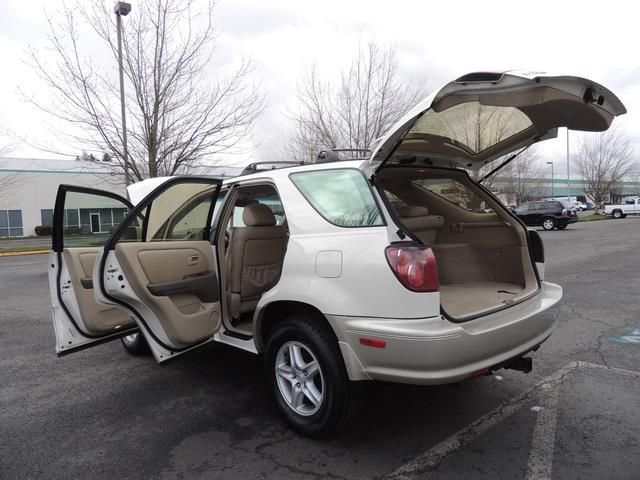 1999 Lexus RX 300 / AWD / Leather / Sunroof / Great Conditon - Photo 27 - Portland, OR 97217