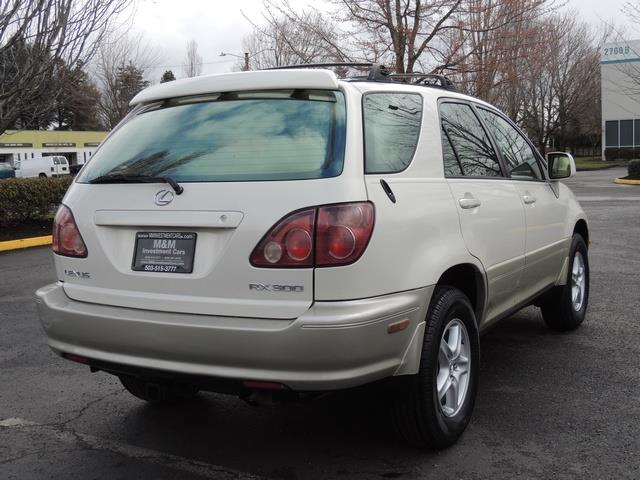 1999 Lexus RX 300 / AWD / Leather / Sunroof / Great Conditon - Photo 8 - Portland, OR 97217