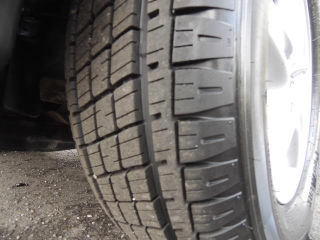 1999 Lexus RX 300 / AWD / Leather / Sunroof / Great Conditon - Photo 24 - Portland, OR 97217