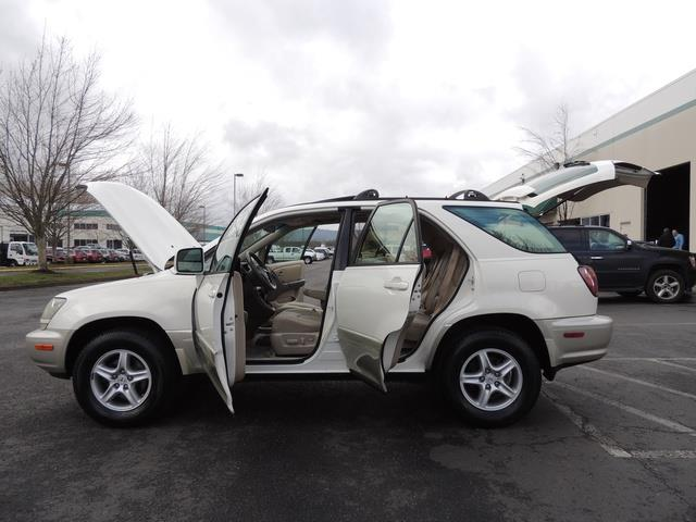 1999 Lexus RX 300 / AWD / Leather / Sunroof / Great Conditon - Photo 26 - Portland, OR 97217