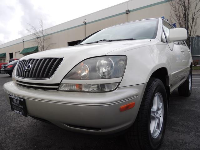 1999 Lexus RX 300 / AWD / Leather / Sunroof / Great Conditon - Photo 9 - Portland, OR 97217