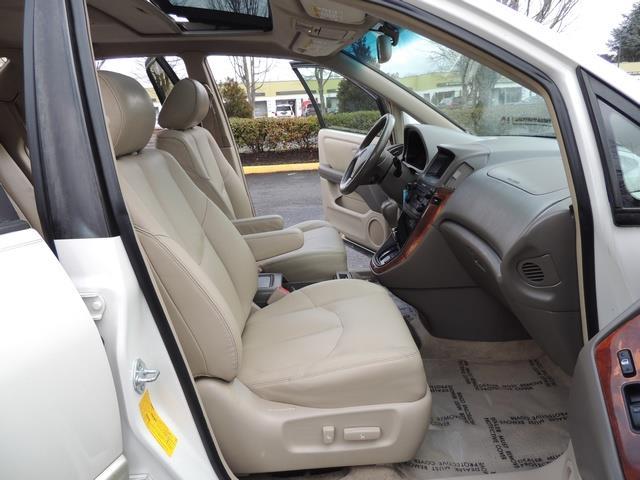1999 Lexus RX 300 / AWD / Leather / Sunroof / Great Conditon - Photo 17 - Portland, OR 97217