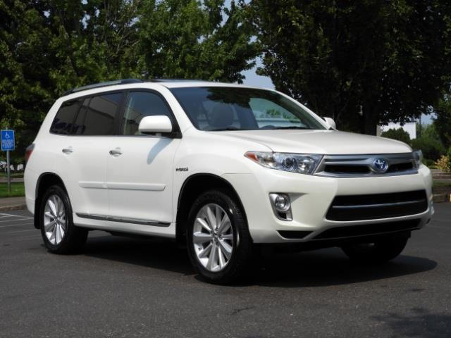 2011 Toyota Highlander Limited Hybrid 4WD 2-Owner 85Kmiles 3rdRow Leather - Photo 2 - Portland, OR 97217
