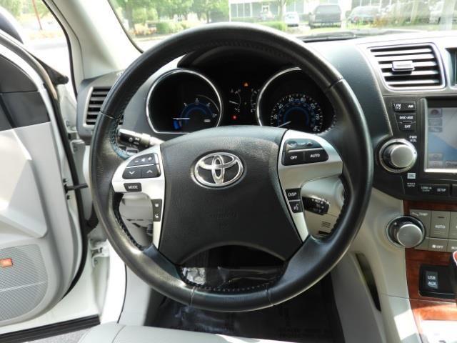 2011 Toyota Highlander Limited Hybrid 4WD 2-Owner 85Kmiles 3rdRow Leather - Photo 38 - Portland, OR 97217