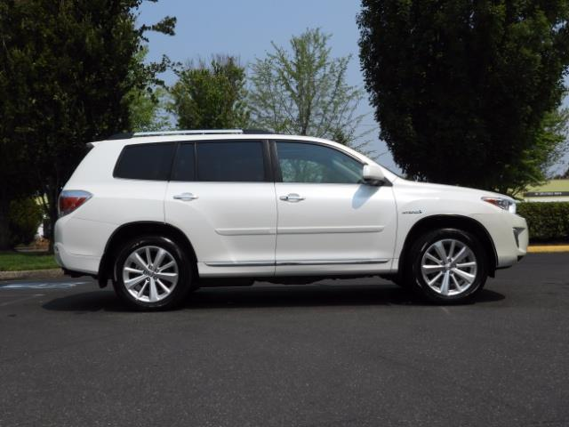 2011 Toyota Highlander Limited Hybrid 4WD 2-Owner 85Kmiles 3rdRow Leather - Photo 3 - Portland, OR 97217