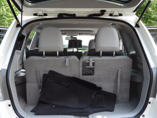 2011 Toyota Highlander Limited Hybrid 4WD 2-Owner 85Kmiles 3rdRow Leather - Photo 11 - Portland, OR 97217