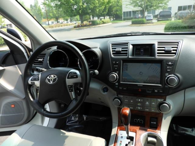 2011 Toyota Highlander Limited Hybrid 4WD 2-Owner 85Kmiles 3rdRow Leather - Photo 37 - Portland, OR 97217