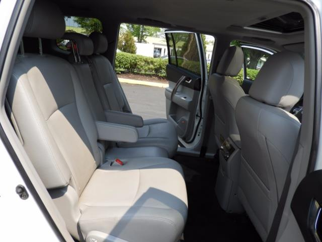 2011 Toyota Highlander Limited Hybrid 4WD 2-Owner 85Kmiles 3rdRow Leather - Photo 19 - Portland, OR 97217