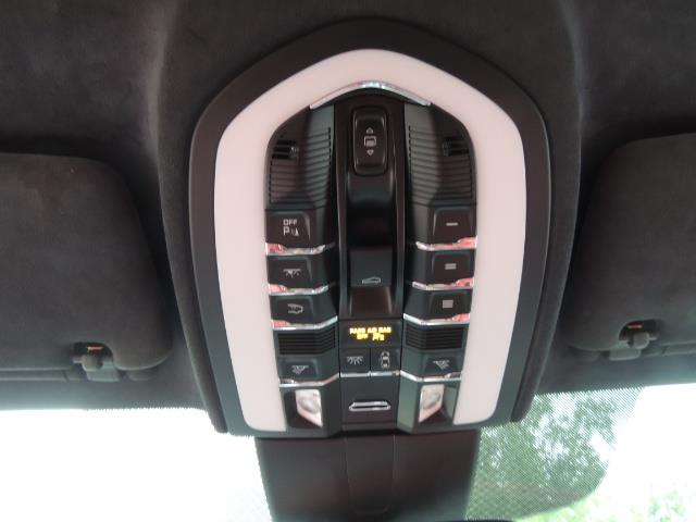2014 Porsche Cayenne Turbo S / Panoramic Roof/ Burmester/  Niche Wheels - Photo 28 - Portland, OR 97217