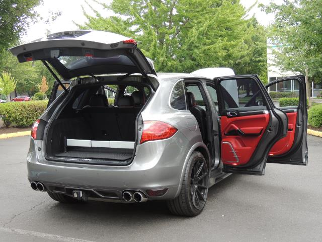 2014 Porsche Cayenne Turbo S / Panoramic Roof/ Burmester/  Niche Wheels - Photo 31 - Portland, OR 97217