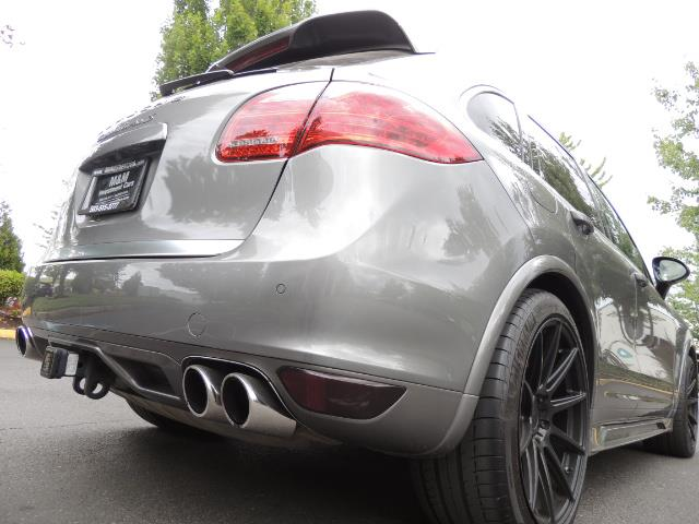 2014 Porsche Cayenne Turbo S / Panoramic Roof/ Burmester/  Niche Wheels - Photo 12 - Portland, OR 97217