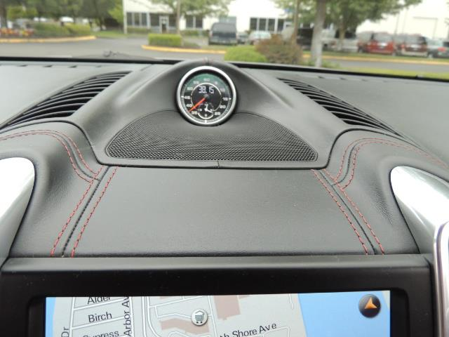2014 Porsche Cayenne Turbo S / Panoramic Roof/ Burmester/  Niche Wheels - Photo 45 - Portland, OR 97217