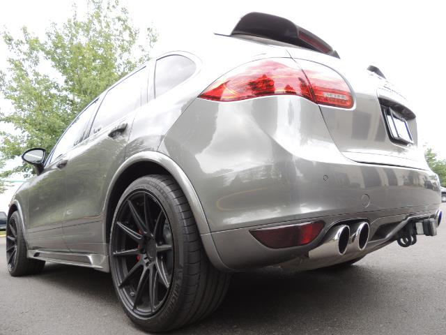 2014 Porsche Cayenne Turbo S / Panoramic Roof/ Burmester/  Niche Wheels - Photo 11 - Portland, OR 97217