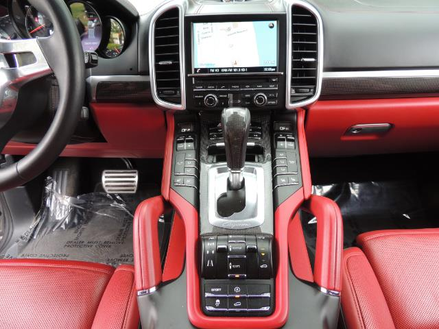 2014 Porsche Cayenne Turbo S / Panoramic Roof/ Burmester/  Niche Wheels - Photo 27 - Portland, OR 97217