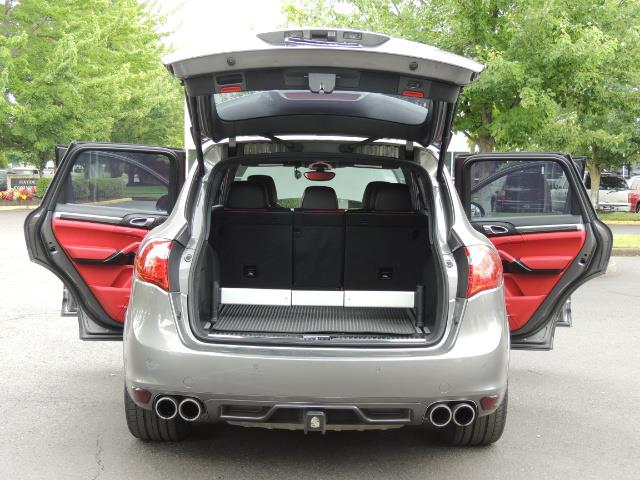 2014 Porsche Cayenne Turbo S / Panoramic Roof/ Burmester/  Niche Wheels - Photo 30 - Portland, OR 97217