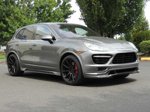 2014 Porsche Cayenne Turbo S / Panoramic Roof/ Burmester/  Niche Wheels - Photo 2 - Portland, OR 97217