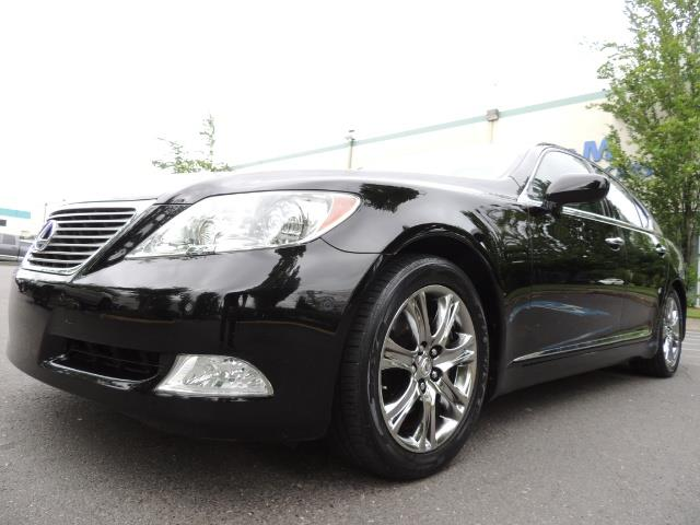 2008 Lexus LS 460 Luxury Sedan/ All Options/ Excellent Condition - Photo 9 - Portland, OR 97217