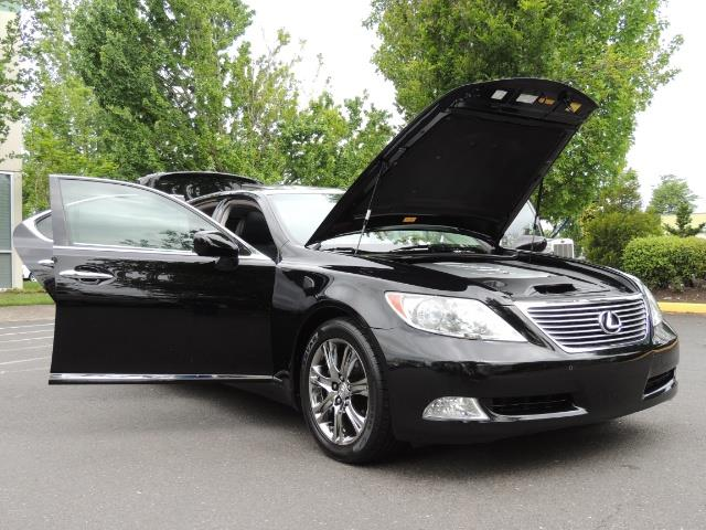 2008 Lexus LS 460 Luxury Sedan/ All Options/ Excellent Condition - Photo 39 - Portland, OR 97217