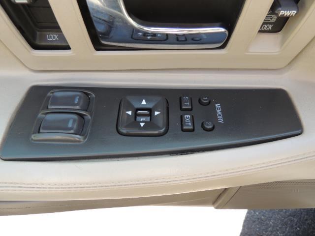 1997 Cadillac Eldorado 2DR COUPE / LEATHER / SUNROOF / EXCEL COND - Photo 34 - Portland, OR 97217