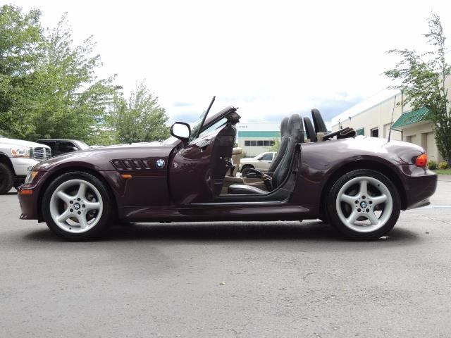 1998 BMW Z3 2.8 / Convertible / 5-SPEED / NEW TOP / Excel Cond - Photo 23 - Portland, OR 97217