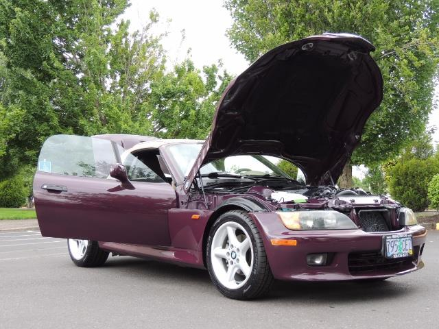 1998 BMW Z3 2.8 / Convertible / 5-SPEED / NEW TOP / Excel Cond - Photo 31 - Portland, OR 97217
