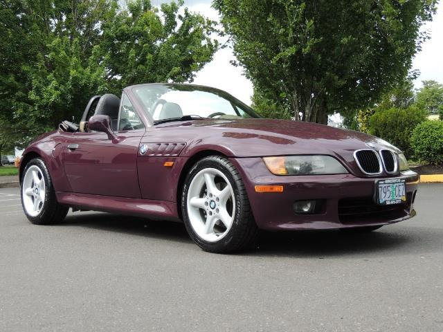 1998 BMW Z3 2.8 / Convertible / 5-SPEED / NEW TOP / Excel Cond - Photo 55 - Portland, OR 97217