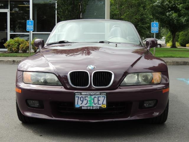 1998 BMW Z3 2.8 / Convertible / 5-SPEED / NEW TOP / Excel Cond - Photo 59 - Portland, OR 97217
