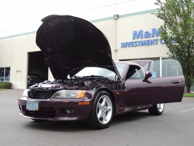 1998 BMW Z3 2.8 / Convertible / 5-SPEED / NEW TOP / Excel Cond - Photo 25 - Portland, OR 97217