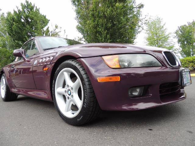 1998 BMW Z3 2.8 / Convertible / 5-SPEED / NEW TOP / Excel Cond - Photo 10 - Portland, OR 97217