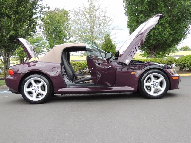1998 BMW Z3 2.8 / Convertible / 5-SPEED / NEW TOP / Excel Cond - Photo 30 - Portland, OR 97217