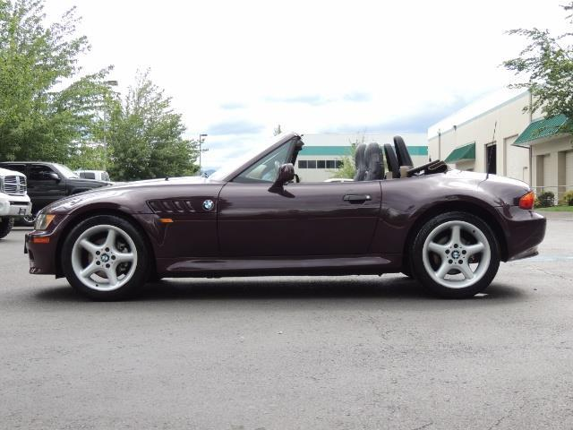 1998 BMW Z3 2.8 / Convertible / 5-SPEED / NEW TOP / Excel Cond - Photo 56 - Portland, OR 97217