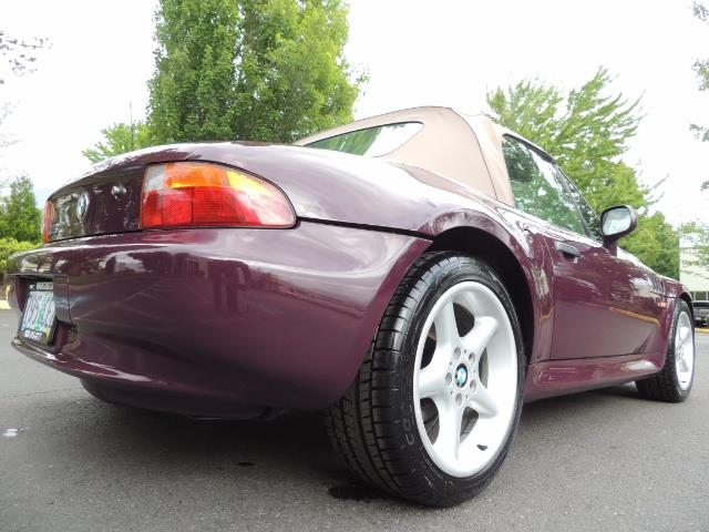 1998 BMW Z3 2.8 / Convertible / 5-SPEED / NEW TOP / Excel Cond - Photo 12 - Portland, OR 97217