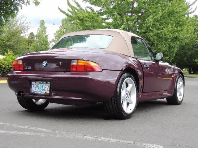 1998 BMW Z3 2.8 / Convertible / 5-SPEED / NEW TOP / Excel Cond - Photo 46 - Portland, OR 97217