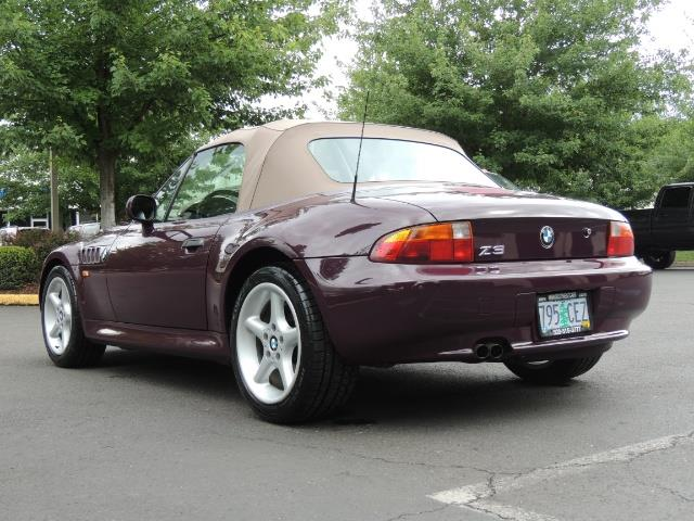 1998 BMW Z3 2.8 / Convertible / 5-SPEED / NEW TOP / Excel Cond - Photo 52 - Portland, OR 97217