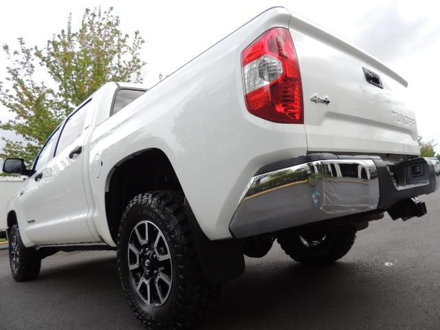 2014 Toyota Tundra SR5 / CrewMax / 4X4 / 5.7L / LEATHER / 1-Owner - Photo 11 - Portland, OR 97217