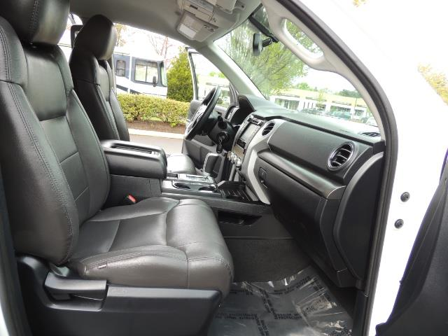 2014 Toyota Tundra SR5 / CrewMax / 4X4 / 5.7L / LEATHER / 1-Owner - Photo 17 - Portland, OR 97217