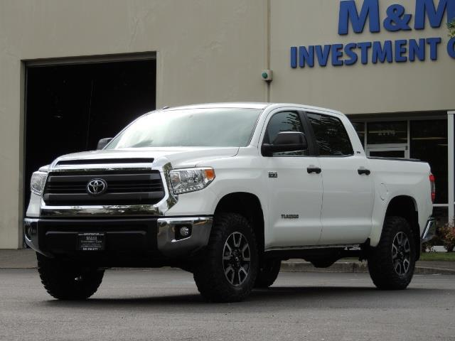 2014 Toyota Tundra SR5 / CrewMax / 4X4 / 5.7L / LEATHER / 1-Owner - Photo 1 - Portland, OR 97217