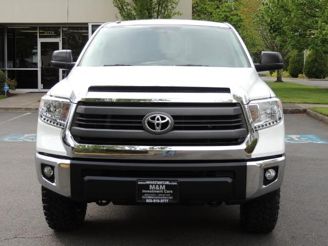 2014 Toyota Tundra SR5 / CrewMax / 4X4 / 5.7L / LEATHER / 1-Owner - Photo 5 - Portland, OR 97217