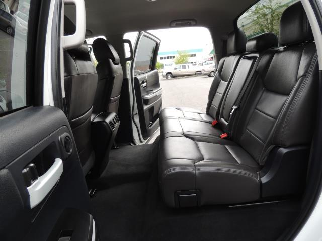 2014 Toyota Tundra SR5 / CrewMax / 4X4 / 5.7L / LEATHER / 1-Owner - Photo 15 - Portland, OR 97217