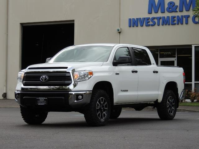 2014 Toyota Tundra SR5 / CrewMax / 4X4 / 5.7L / LEATHER / 1-Owner - Photo 47 - Portland, OR 97217