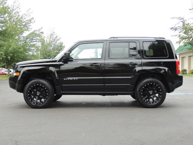 2016 Jeep Patriot Latitude / 4X4 / Heated Seats / LIFTED - Photo 3 - Portland, OR 97217