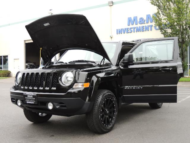 2016 Jeep Patriot Latitude / 4X4 / Heated Seats / LIFTED - Photo 25 - Portland, OR 97217