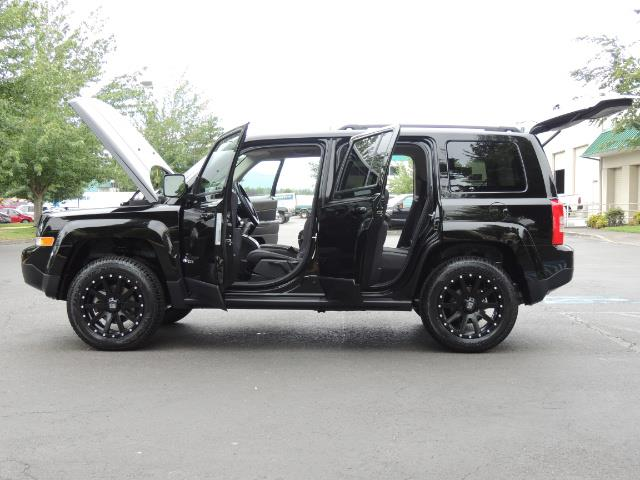 2016 Jeep Patriot Latitude / 4X4 / Heated Seats / LIFTED - Photo 26 - Portland, OR 97217