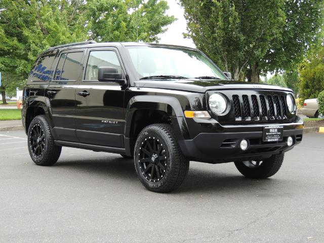 2016 Jeep Patriot Latitude / 4X4 / Heated Seats / LIFTED - Photo 2 - Portland, OR 97217