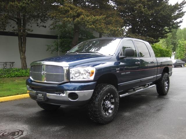2007 dodge ram 1500 slt mega cab 4wd lifted mud tires photo 1 - Dodge Ram 1500 Lifted Mudding