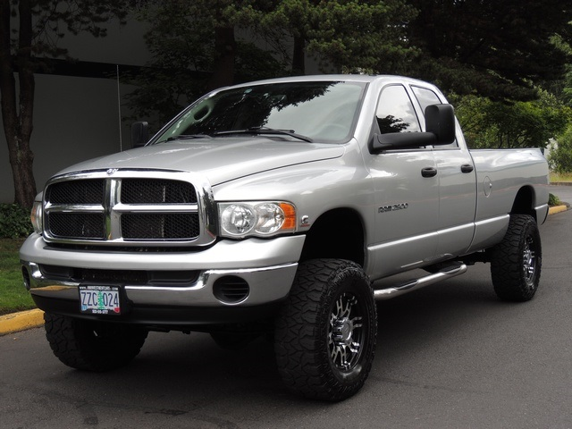 used 2004 dodge ram 2500 4x4 5 9 l cummins diesel 6 speed manual lifted for sale in portland. Black Bedroom Furniture Sets. Home Design Ideas