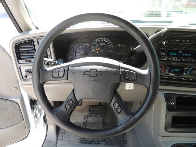 2007 Chevrolet Silverado 2500 LT / 4X4 / 6.6L DURAMAX DIESEL / 1-OWNER - Photo 38 - Portland, OR 97217