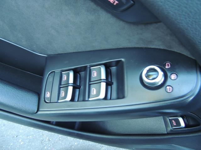 2014 Audi S4 3.0T quattro Premium Plus / 1-Owner / New Tires - Photo 36 - Portland, OR 97217
